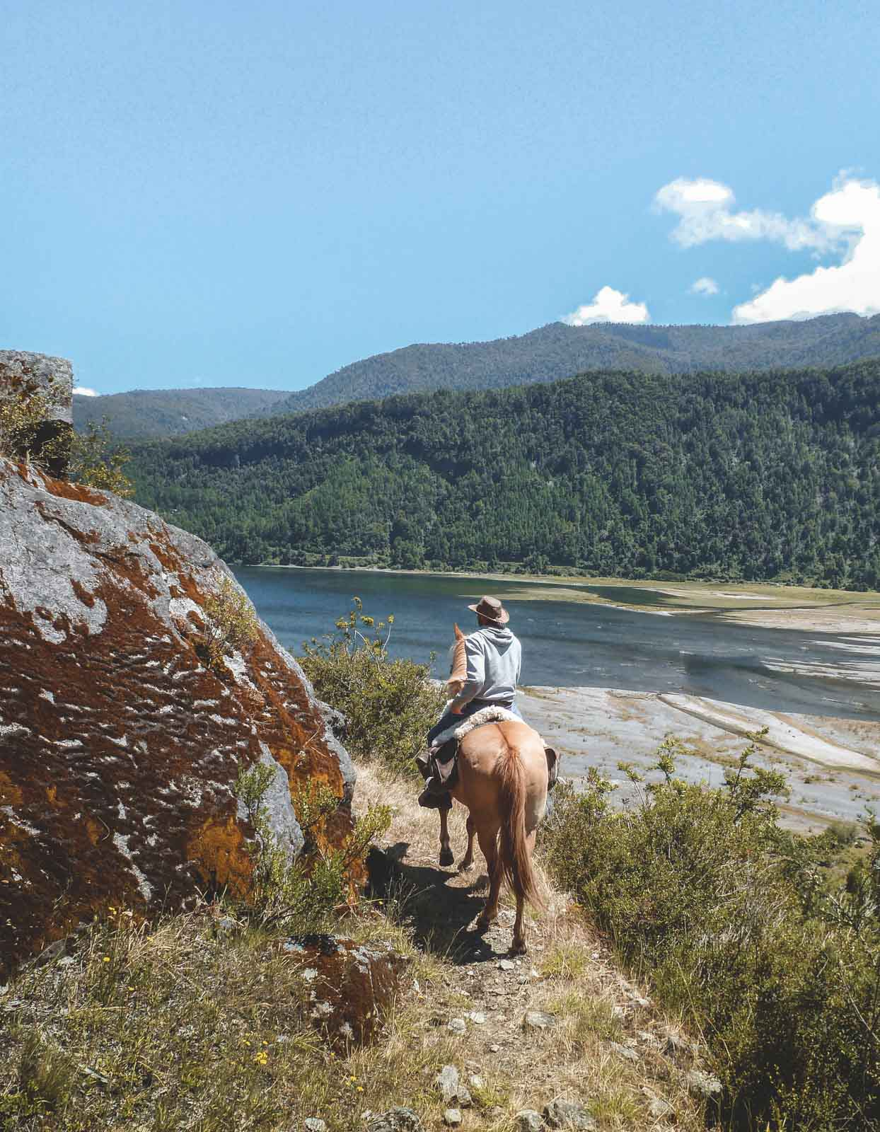 rancho-carhuello-horseback-riding-26