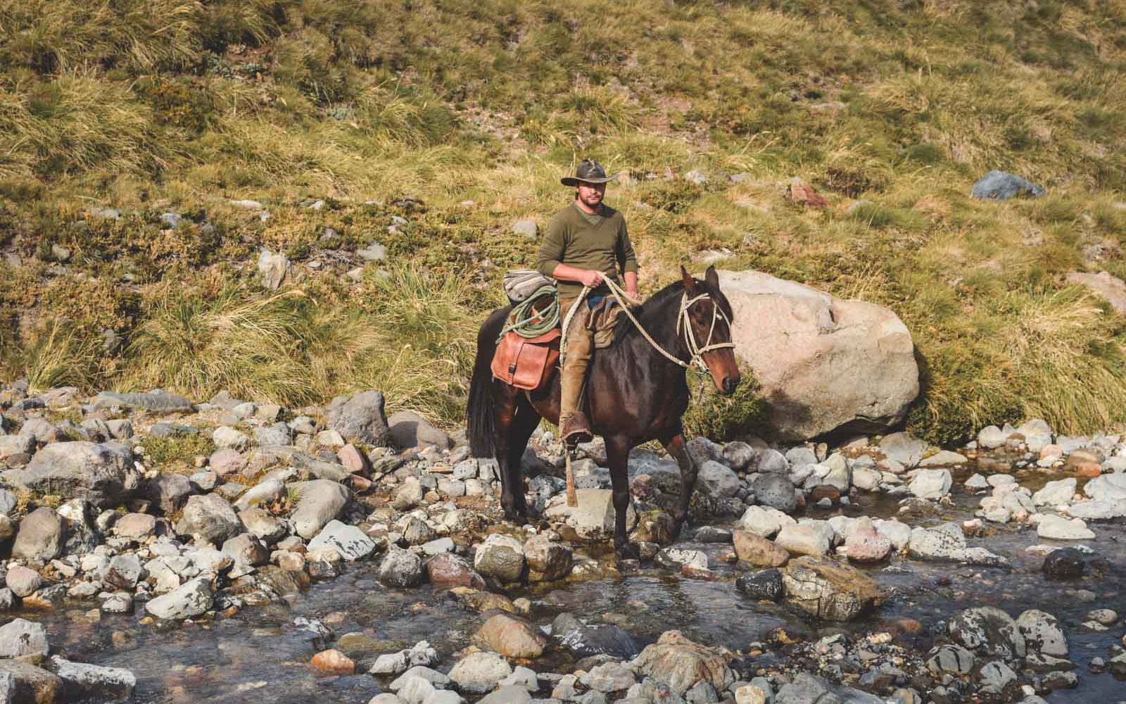 rancho-carhuello-horseback-riding-32